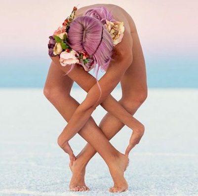 önmagát ölelő jógi